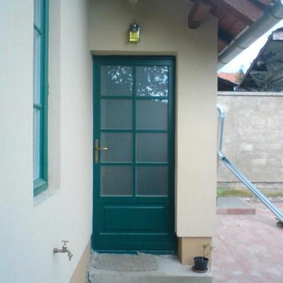 Borovifenyő nyílászáró, Veszprémi családi ház, 1, 4.kép